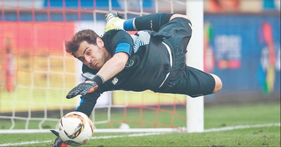 Tras infarto, Casillas pone freno a 20 años de carrera