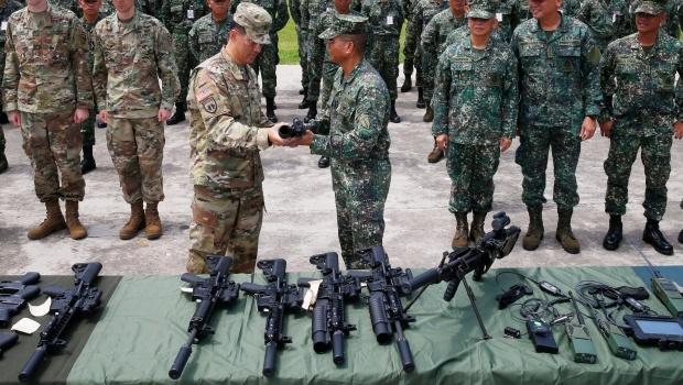 China romperá lazos con empresas de EU que vendan armas a Taiwán