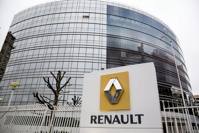 Renault confía en nuevos modelos para suavizar declive en ventas