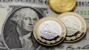 Registra peso leve depreciación tras Plan de Negocios de Pemex