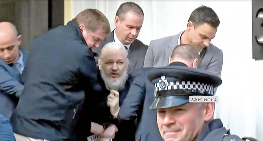 Assange convirtió embajada de Ecuador en un centro de hackeo