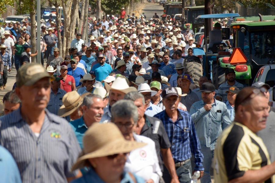 Productores agrícolas realizarán bloqueos en varios puntos del país