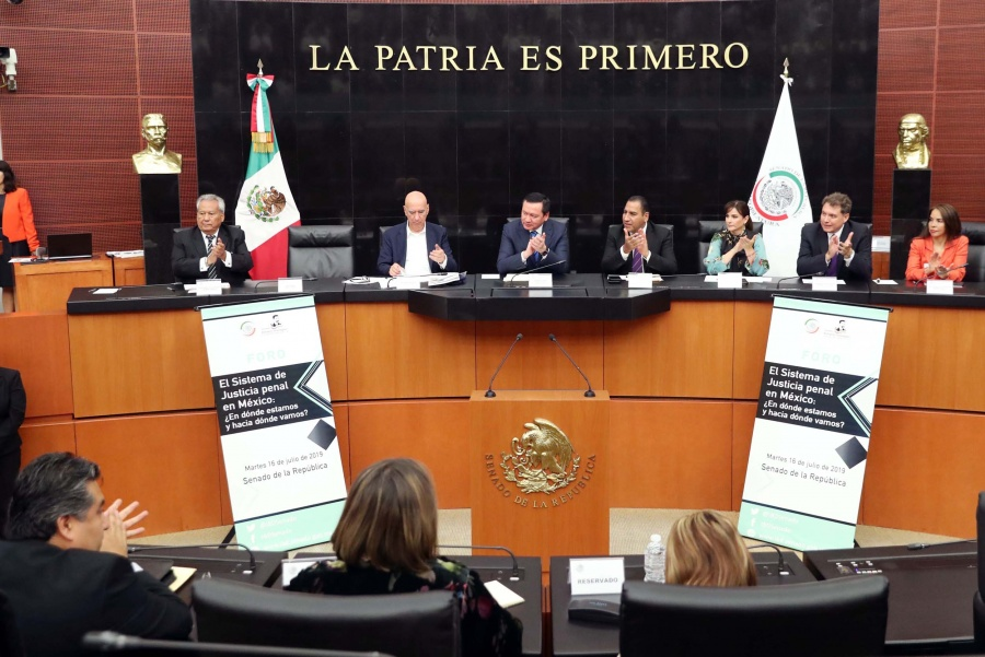 Analizan el Sistema de Justicia Penal en México