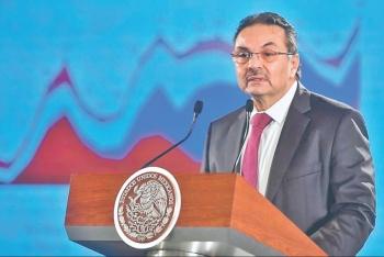Más recursos y menos impuestos, el plan para Pemex