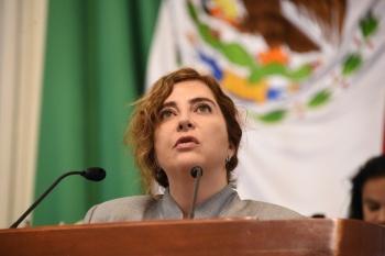 Congreso de CDMX pide a CFE reemplazar postes de luz que representan riesgo para la población