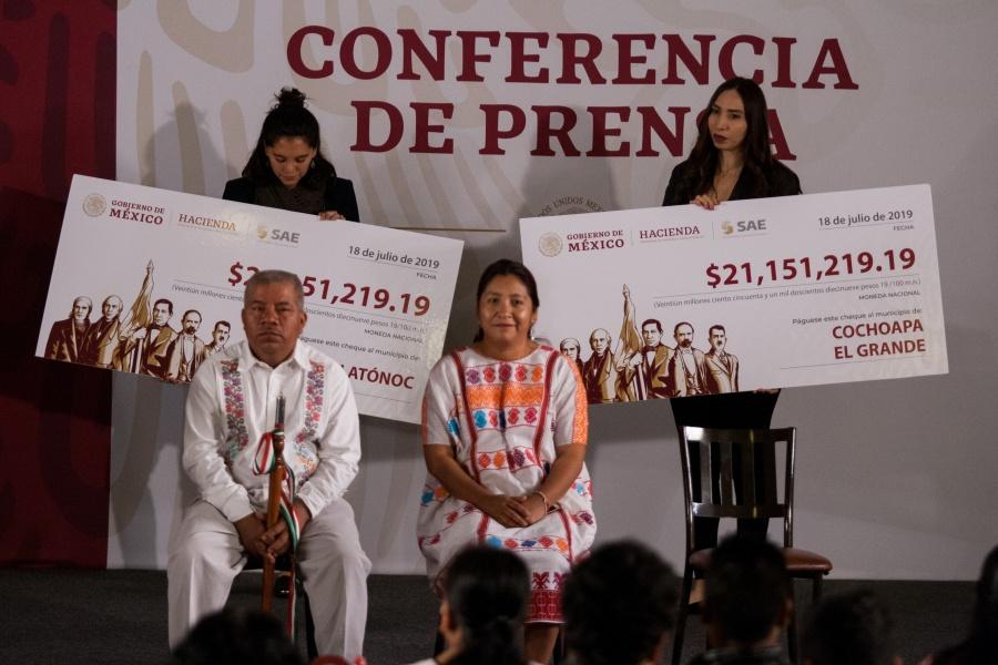 Entregan a municipios de Guerrero recursos de subasta de inmuebles