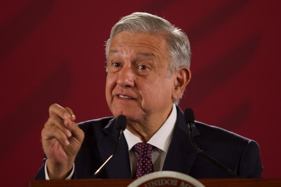 Defiende López Obrador gratuidad y acceso a universidades