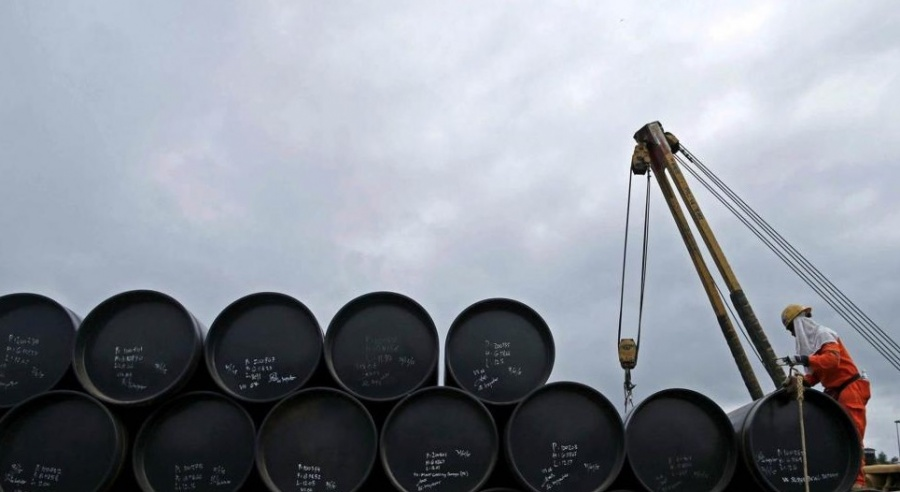 China exporta gasolina a México por caída de producción