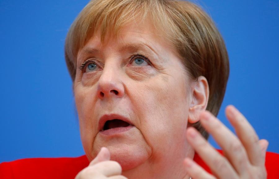 """""""Puedo seguir trabajando"""": Merkel tras episodios de temblores"""