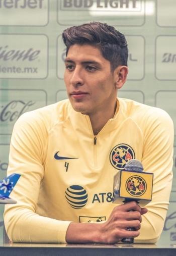 Oficial: Edson Álvarez, nuevo jugador del Ajax
