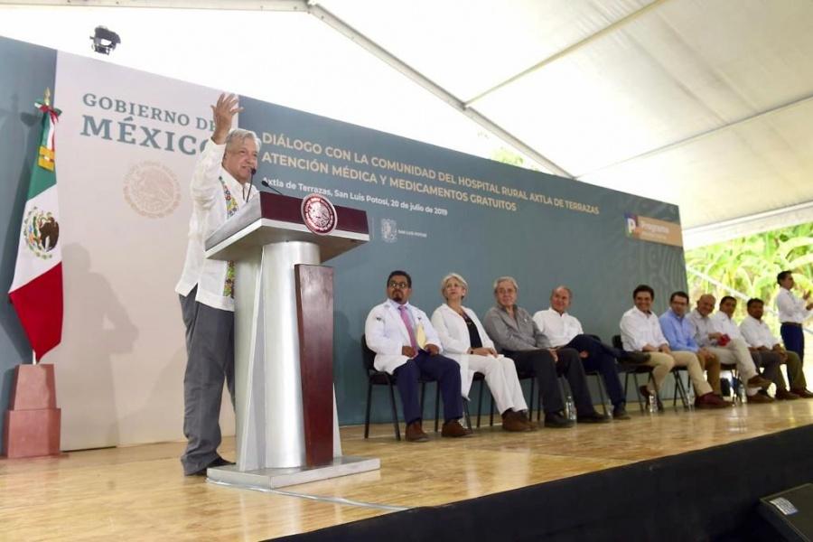 López Obrador anuncia que se invertirán más de mil mdp para ampliación de aeropuerto Tamuín
