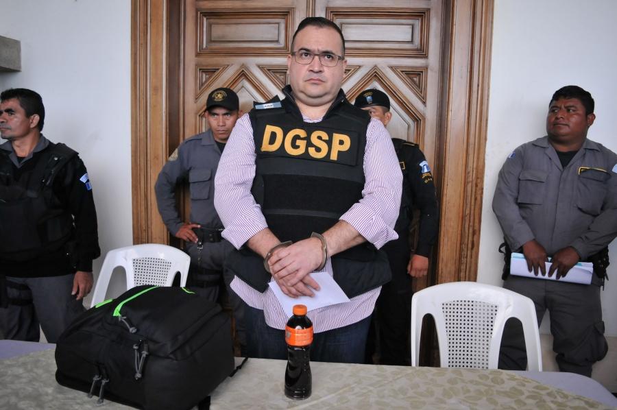 Suspenden sentencia de nueve años contra Javier Duarte