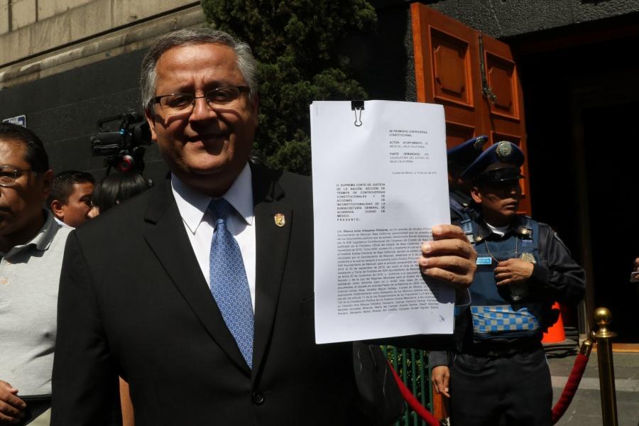 """Alcalde de Mexicali presenta recurso contra """"ley Bonilla"""""""