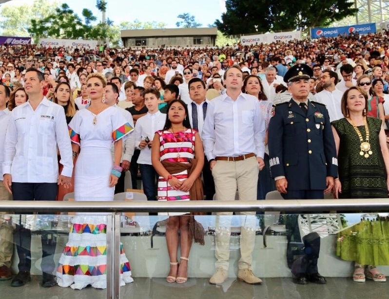 Yalitza Aparicio, engalana la Guelaguetza 2019