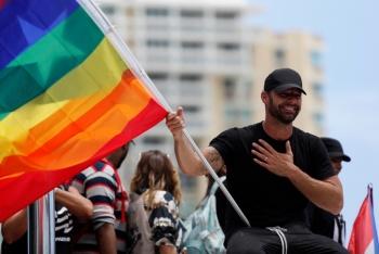 Ricky Martin se suma a las protestas y exige destitución de Ricardo Roselló
