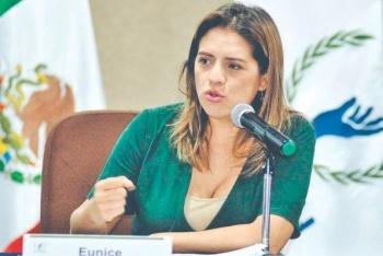 """…Y Eunice Rendón dice: lo es """"de facto"""""""