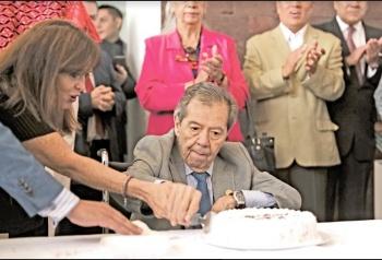 Cumple 86 años Muñoz Ledo y 50 en la política