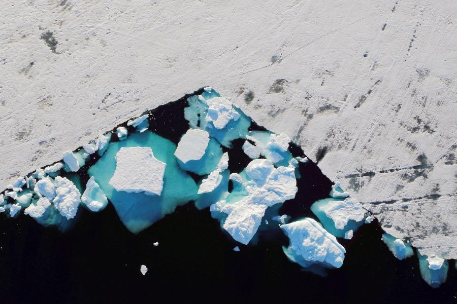 Ola de calor en Europa amenaza la capa de hielo de Groenlandia