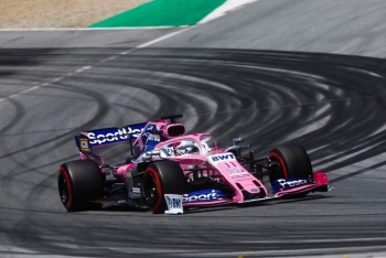 """""""Checo"""" Pérez roza el top ten en primera sesión del GP de Alemania"""