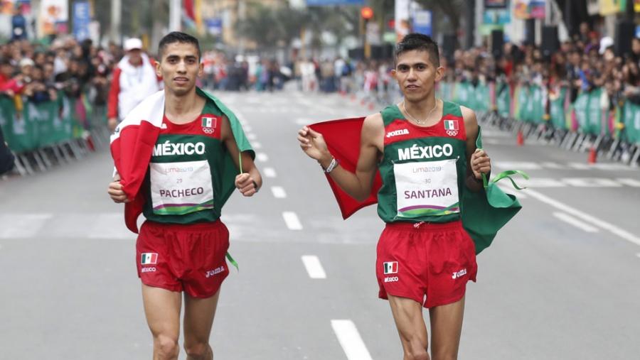 José Luis Santana y Juan Joel Pacheco, ganan plata y bronce en maratón de Lima 2019