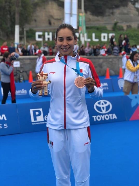 Cecilia Pérez obtiene el bronce para México en triatlón en Lima 2019
