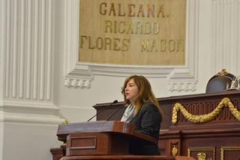 Gabriela Salido recorre asentamiento irregular en límites de Miguel Hidalgo y Azcapotzalco