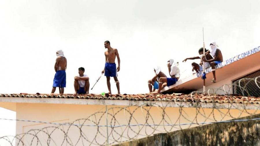 Motín en cárcel de Brasil deja 52 muertos