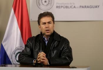 Canciller de Paraguay renuncia tras polémico pacto con Brasil