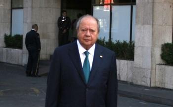 Niegan suspensión a Romero Deschamps; no hay orden de captura