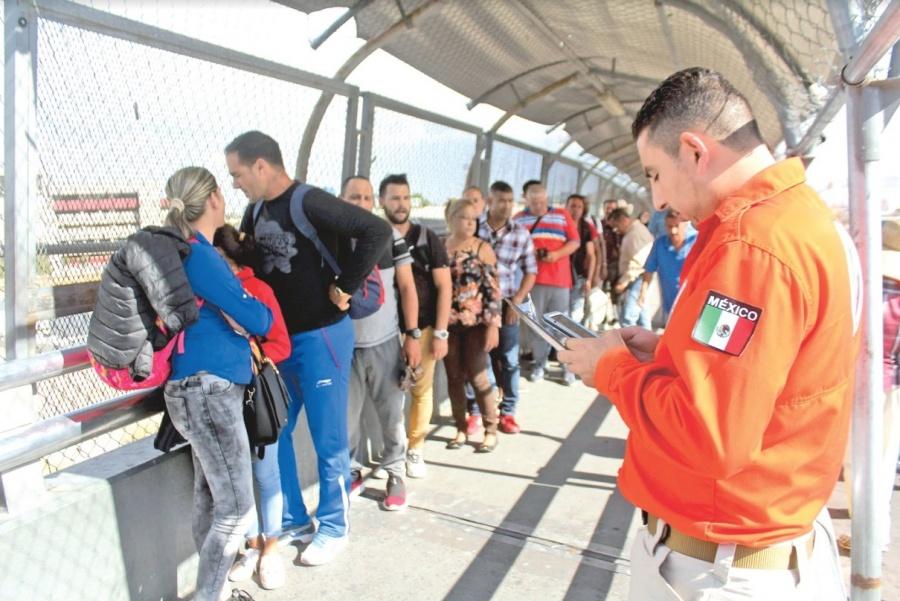 Crecen 800% entrega de visas humanitarias