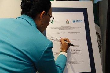 CDMX firma convenio con Italia para reinserción laboral de personas privadas de su libertad