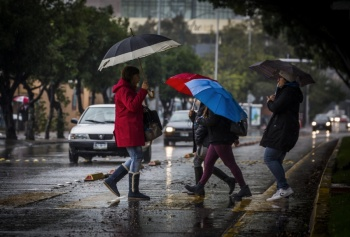 Fuertes lluvias y posibles granizadas afectarán al Valle de México