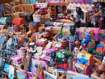 Artesanía, ropa, medicina tradicional y eventos culturales, reunidos en Iztapalapa