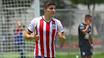 Ronaldo Cisneros es nuevo jugador de Mineros