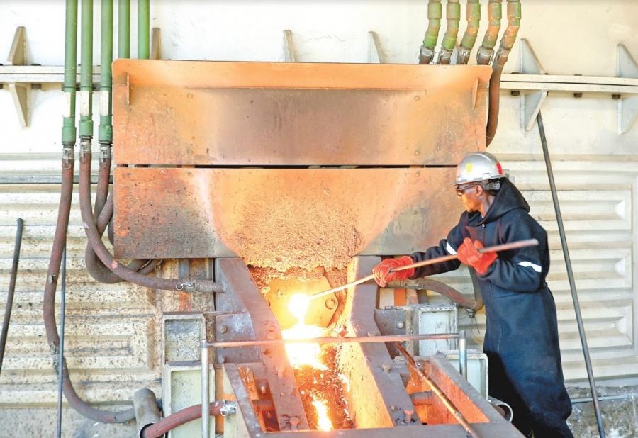 Carambola, cae construcción 10% y compra de maquinaria