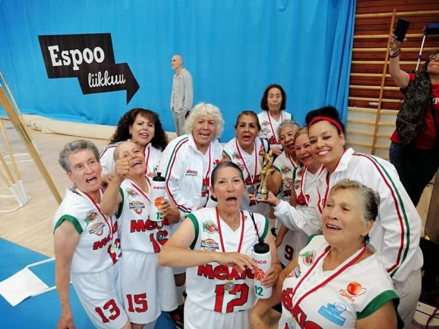 Mexicanas en categoría de 65 años ganan mundial de Basquetbol en Finlandia