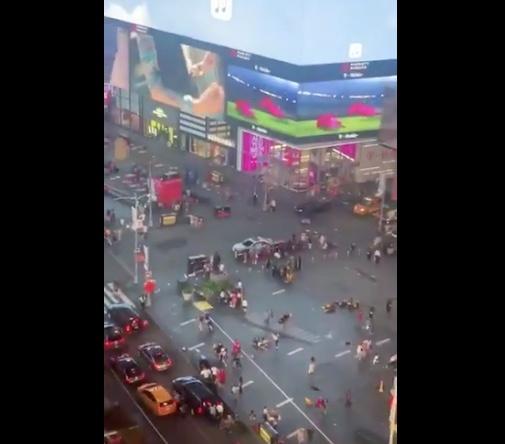 Falso tiroteo, provoca estampida en Times Square