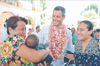 Baja pobreza en Oaxaca 4% en 2 años de Murat