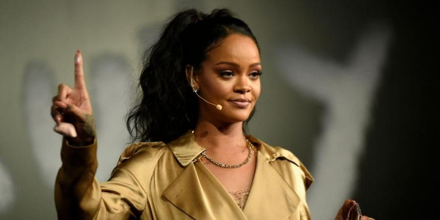 Rihanna ha perdonado a su padre
