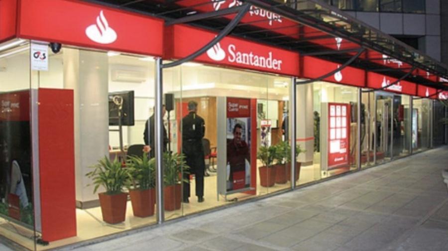 Santander activa los retiros sin tarjeta en cajeros automáticos