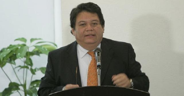 Pobreza en México por trabajos mal pagados y sin seguridad social: Gómez Hermosillo