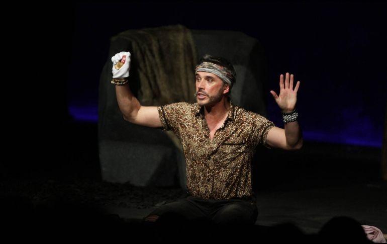 Sergio Mayer contesta criticas por su obra de teatro