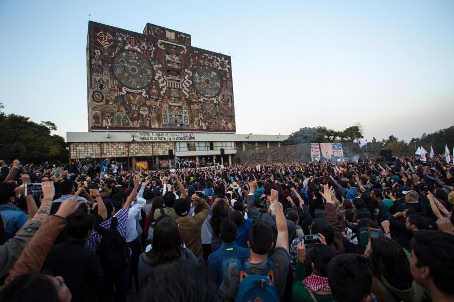 Inicia UNAM ciclo escolar con matrícula récord de 356 mil alumnos