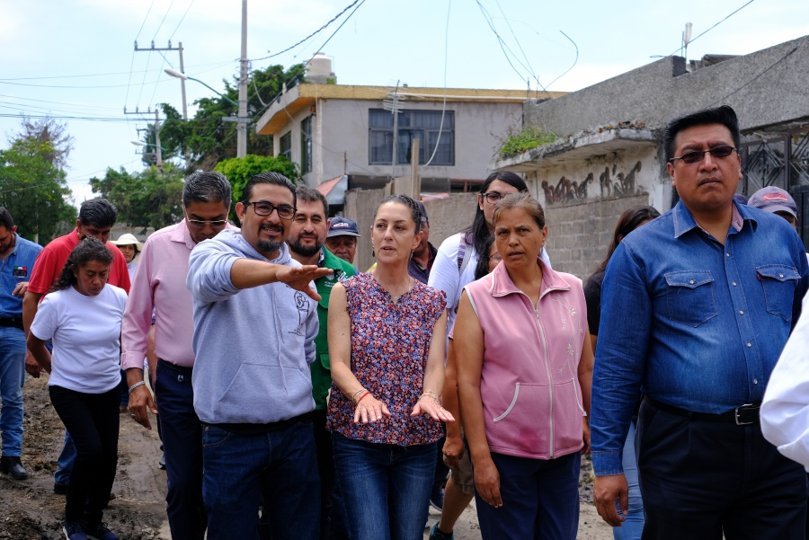 Realiza Caudia Sheinbaum visita a casas reconstruidas en Tláhuac por sismo