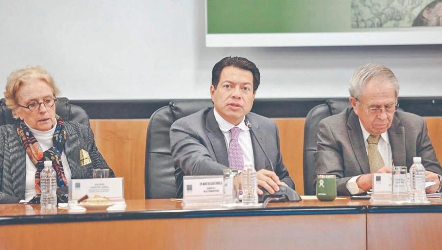 Delgado se pronuncia en contra de las camarillas cómplices del poder