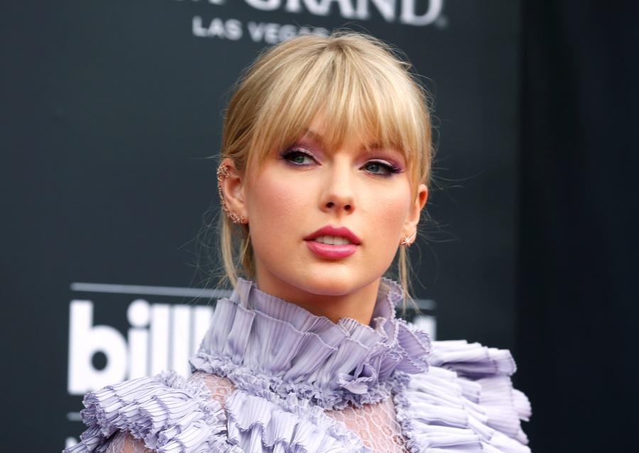 Sale a la luz video de Taylor Swift en estado de ebriedad