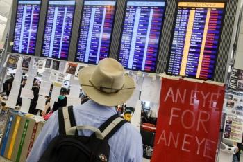 Aeropuerto de Hong Kong paraliza vuelos por protestas