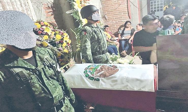 Despiden en Oaxaca a primer agente de la Guardia abatido
