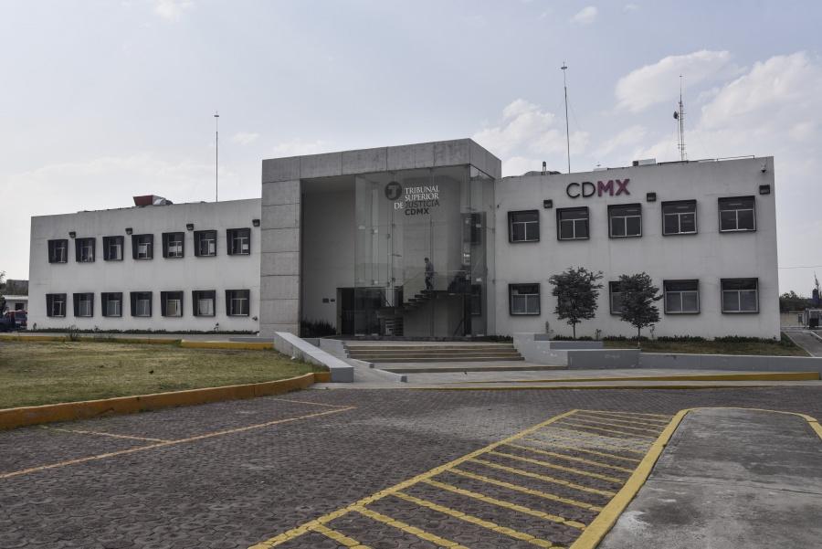 Arriba Rosario Robles al penal de Santa Martha Acatitla