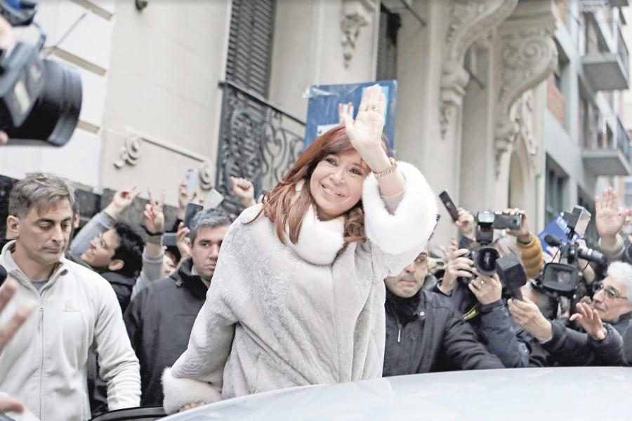 Argentina, el 2do peor país para invertir: JP Morgan